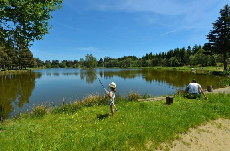 Location de vacances - Chalet à Boisset - L'étang du péché