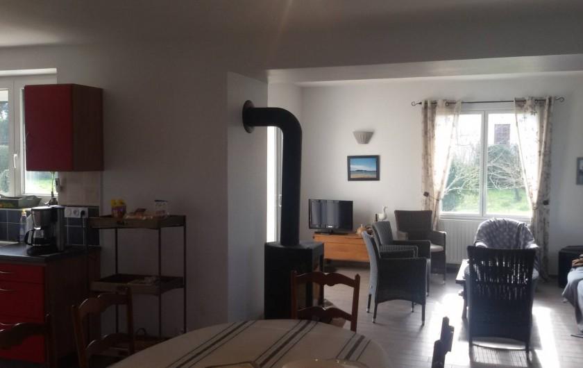 Location de vacances - Villa à Larmor-Baden - Salle à manger, salon