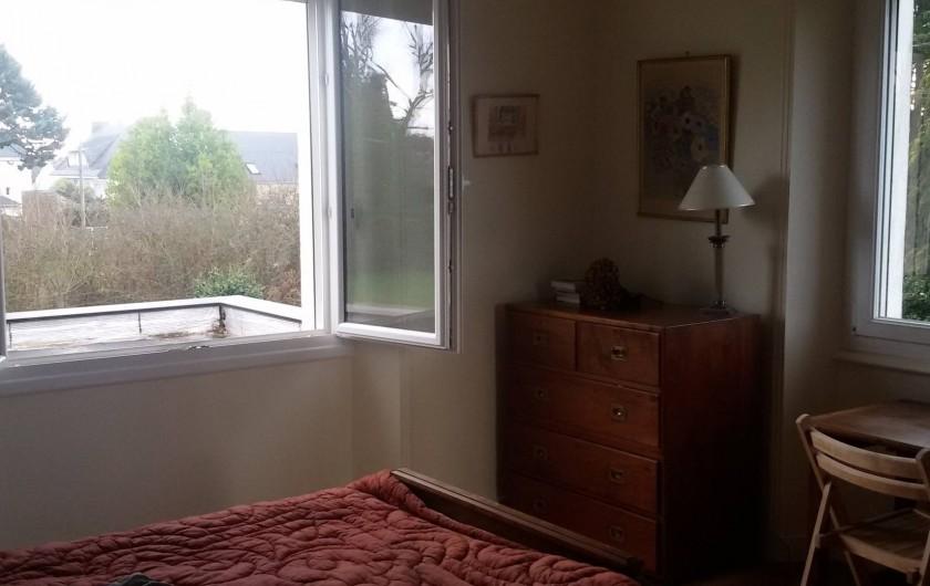 Location de vacances - Villa à Larmor-Baden - Chambre 2 au 1er étage