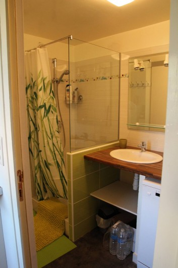 Location de vacances - Appartement à Lélex - Salle de bains