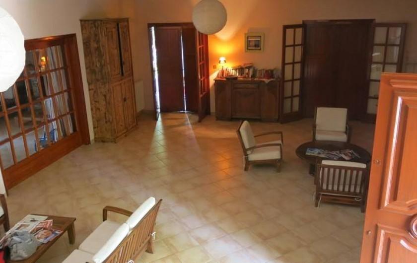 Location de vacances - Chalet à Kakovatos - LIVING ROOM DE 74M2