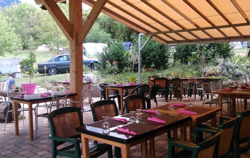 Location de vacances - Bungalow - Mobilhome à Saint-Vincent-les-Forts - La terrasse