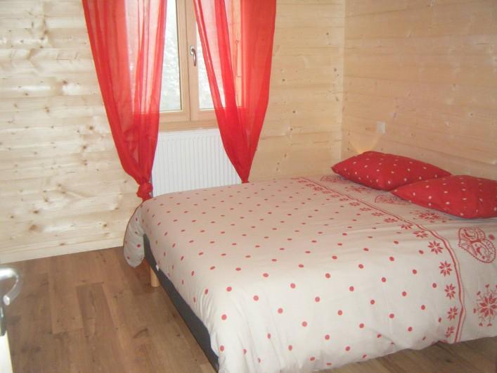 Location de vacances - Appartement à Les Gras - chambre avec lit de 140