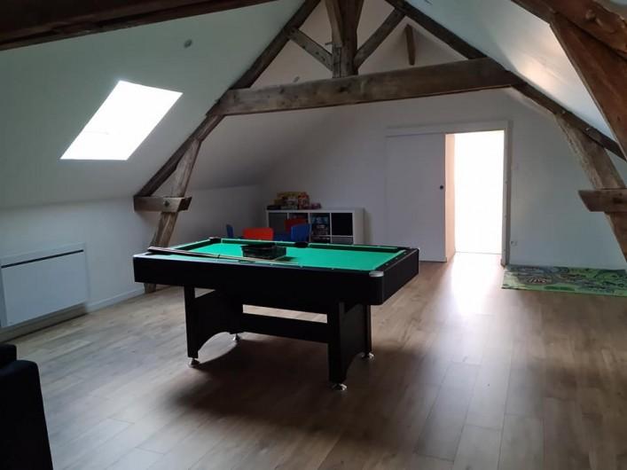 Location de vacances - Gîte à Bournezeau - salle de jeux de plus de  40m²