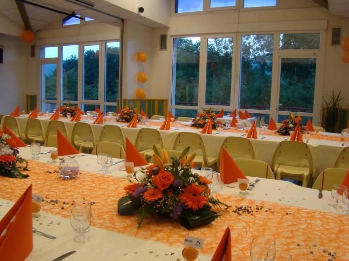 Location de vacances - Chalet à Senones - SALLE MENESTREL - jusque 120 couverts festifs - à disposition toute la nuit