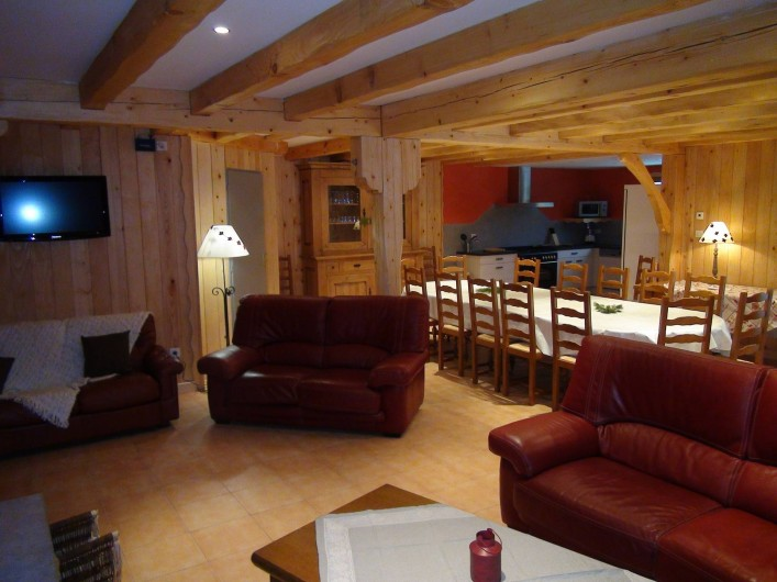 Location de vacances - Chalet à Senones - SOYOTTE - salle de séjour (jusque 30 couverts) - chalet de grand confort
