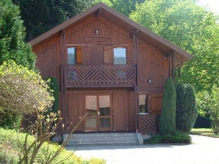 Location de vacances - Chalet à Senones - Chalet EPINETTE - 10 chambres - 2 grands sanitaires - 25 personnes