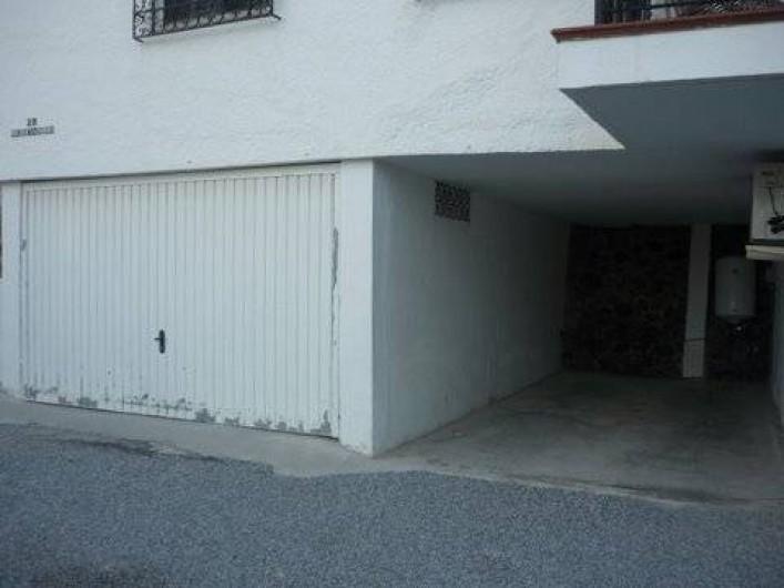 Location de vacances - Villa à Almuñécar - grand garage ouvert