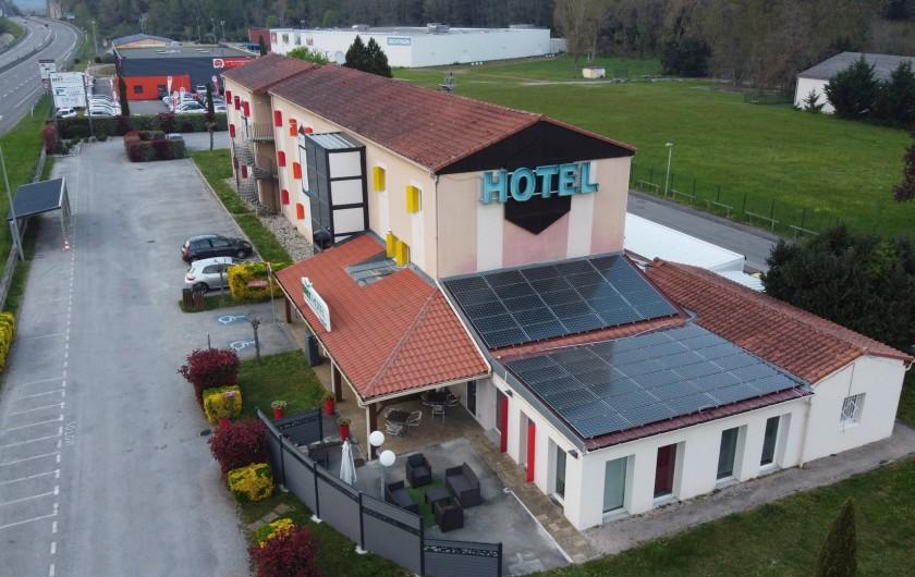 Location de vacances - Chambre d'hôtes à Foix - VUE DE L'HOTEL
