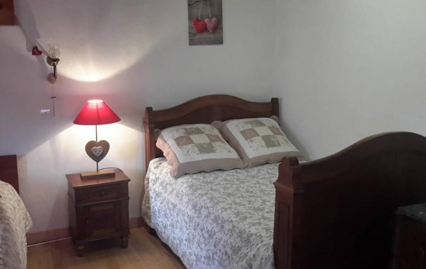 Location de vacances - Maison - Villa à Arrien-en-Bethmale - Chambre 1 (2 lits).