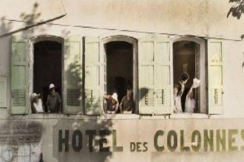 Location de vacances - Chambre d'hôtes à Riez - la facade