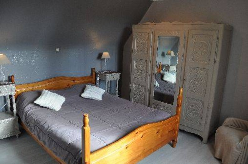 Location de vacances - Gîte à Penvénan - Chambre avec 1 grand lit de 160*200