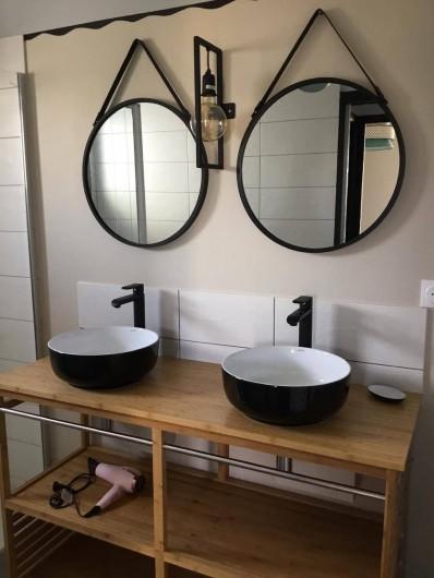 Location de vacances - Appartement à Pirou - Salle de bain