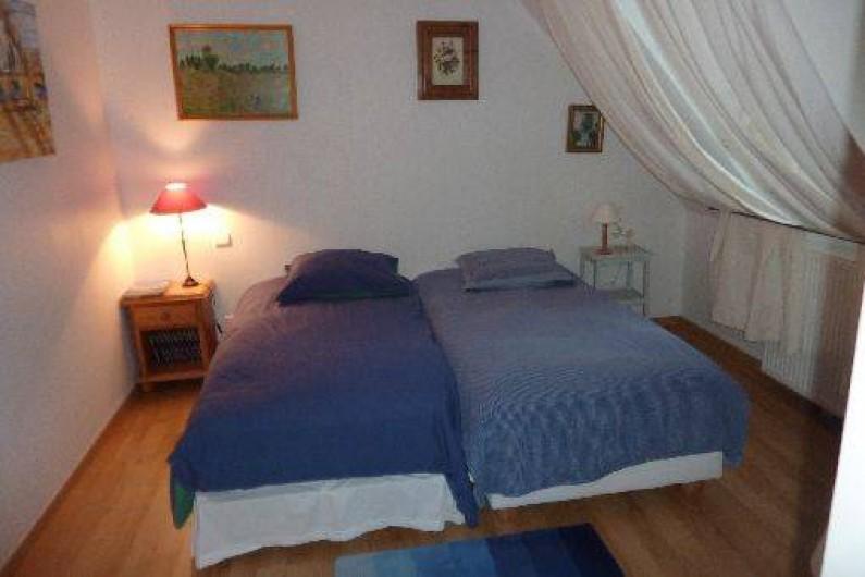 Location de vacances - Chambre d'hôtes à Saint-Raphaël - chambre Prevert 1 grand lit ou 2 singles