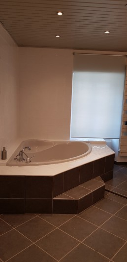 Location de vacances - Maison - Villa à Villard-de-Lans - Baignoire - Salle de bain