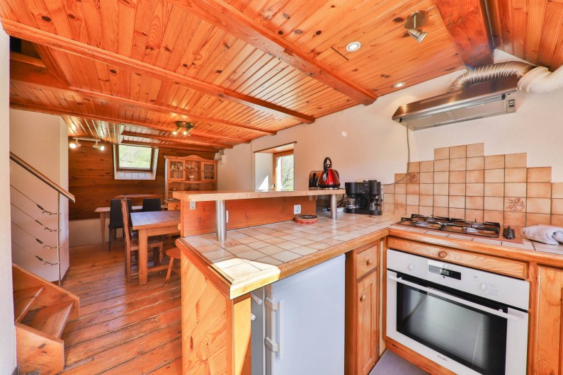 Location de vacances - Gîte à Sondernach - Cuisine toute équipée avec pièce de séjour attenante