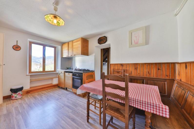 Location de vacances - Gîte à Sondernach - La cuisine au 1er étage