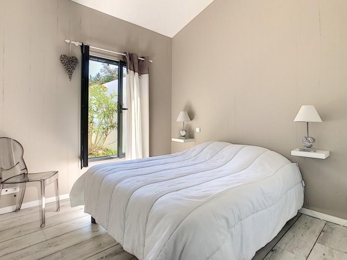 Location de vacances - Villa à Barbâtre - 2ème chambre avec lit double de 140