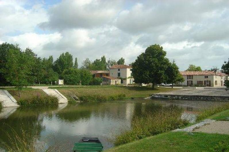 Location de vacances - Gîte à Bouillé-Courdault - Port de Courdault
