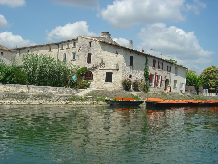 Location de vacances - Gîte à Bouillé-Courdault - Embarcadère de Coulon