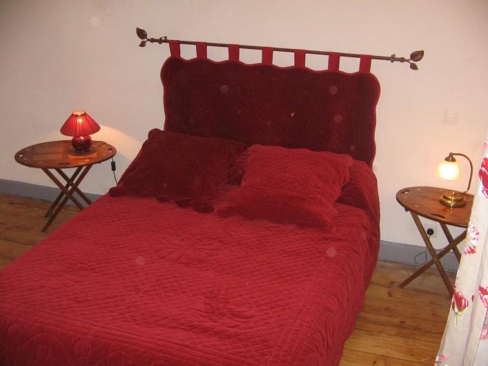 Location de vacances - Gîte à Malbuisson - chambre rouge gite 8 personnes