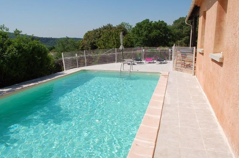 Location de vacances - Villa à Les Granges-Gontardes - Piscine
