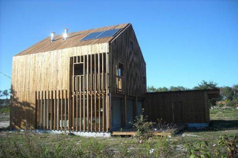maison bois architecture contemporaine saint julien en born dans les landes aquitaine. Black Bedroom Furniture Sets. Home Design Ideas