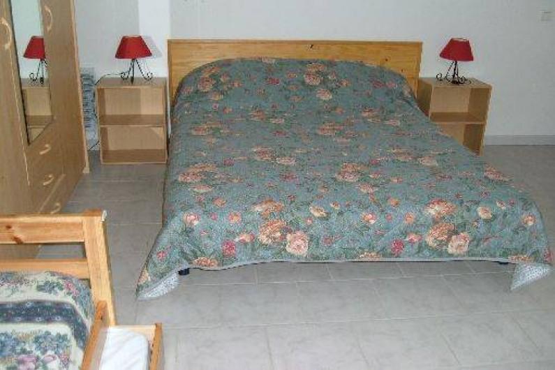 Location de vacances - Gîte à Saint-Romain-en-Viennois - Chambre étage Gite 3 avec lit 140 + lit 90 + tiroir lit 90