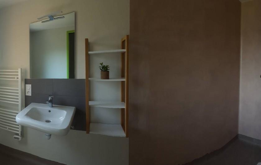 Location de vacances - Chalet à Villiers-Charlemagne - Salle de douche