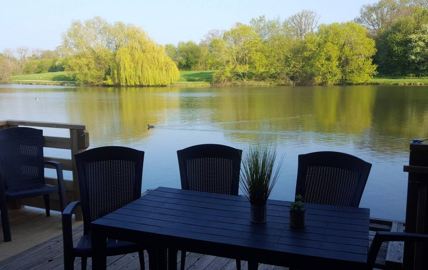 Location de vacances - Chalet à Villiers-Charlemagne - Vue de la terrasse