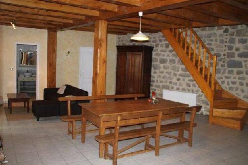 Location de vacances - Gîte à Rochepaule - pièce à vivre