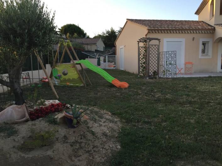 Location de vacances - Villa à Saint-Marcel-d'Ardèche - Jardin