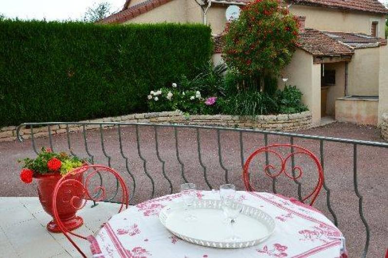 Location de vacances - Gîte à Ladoix-Serrigny - terrasse