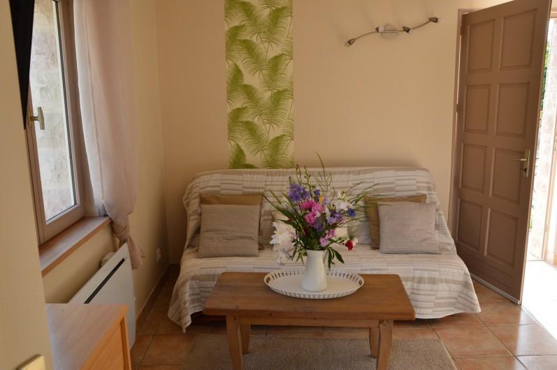 Location de vacances - Gîte à Ladoix-Serrigny - coin télé