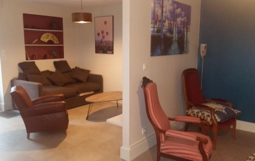 Location de vacances - Appartement à Granges-sur-Vologne - 1er salon et 2ème salons séparé par une cloison