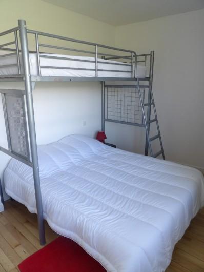 Location de vacances - Appartement à Granges-sur-Vologne - 1ère chambre dressing