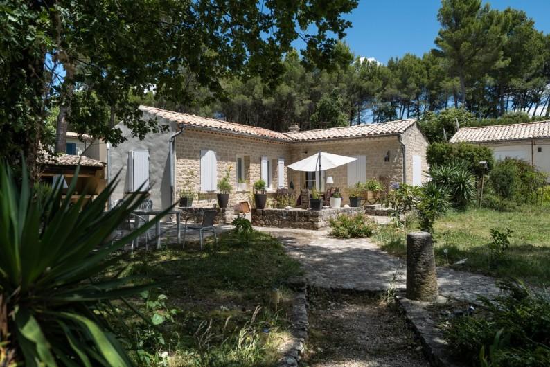 Location de vacances - Gîte à Pernes-les-Fontaines - Maison - Gite pour 6 personnes