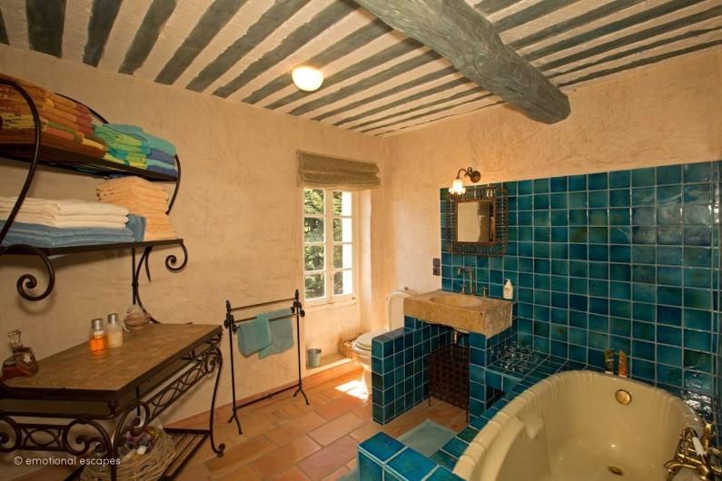 Location de vacances - Mas à Gordes - Salle de bain