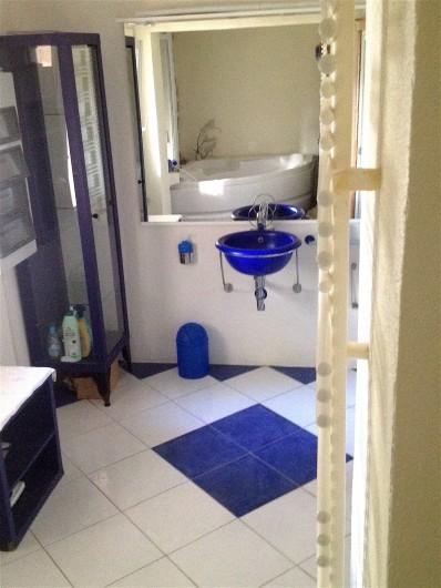 Location de vacances - Villa à Ensuès-la-Redonne - Salle de bain