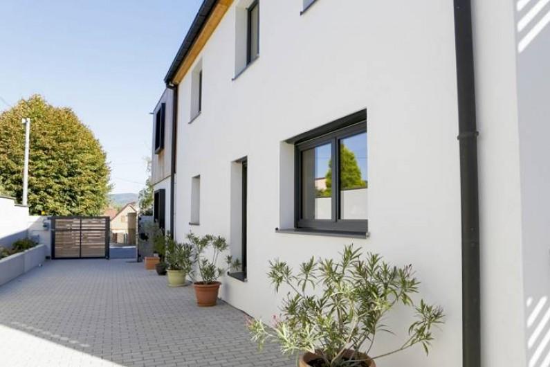 Location de vacances - Villa à Beblenheim - Entrée et cour
