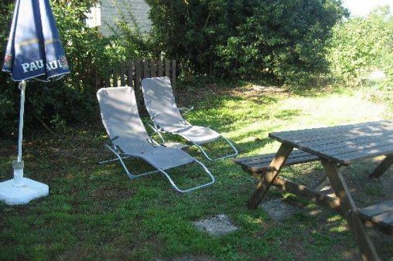 Location de vacances - Chambre d'hôtes à Tasque - jardin pour se détendre
