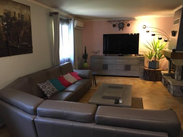 Location de vacances - Villa à Prunelli-di-Fiumorbo - SALON