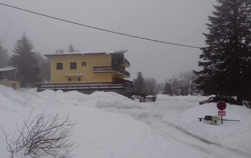 Location de vacances - Appartement à Orbey - vu depuis les pistes de ski