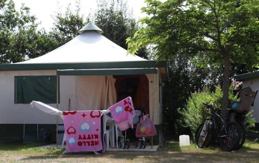 Location de vacances - Bungalow - Mobilhome à Landevieille - Location de bungalow toilé pour 4 ou 5 personnes