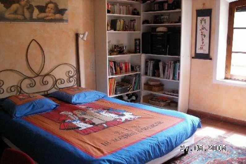 Location de vacances - Mas à Beaurecueil - Chambre 2 au 1er étage