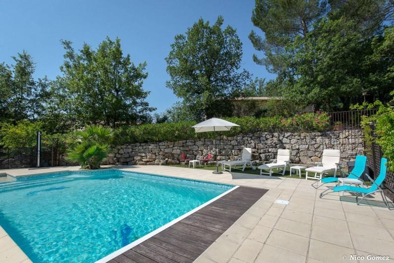 Location de vacances - Villa à Fayence - piscine et plage