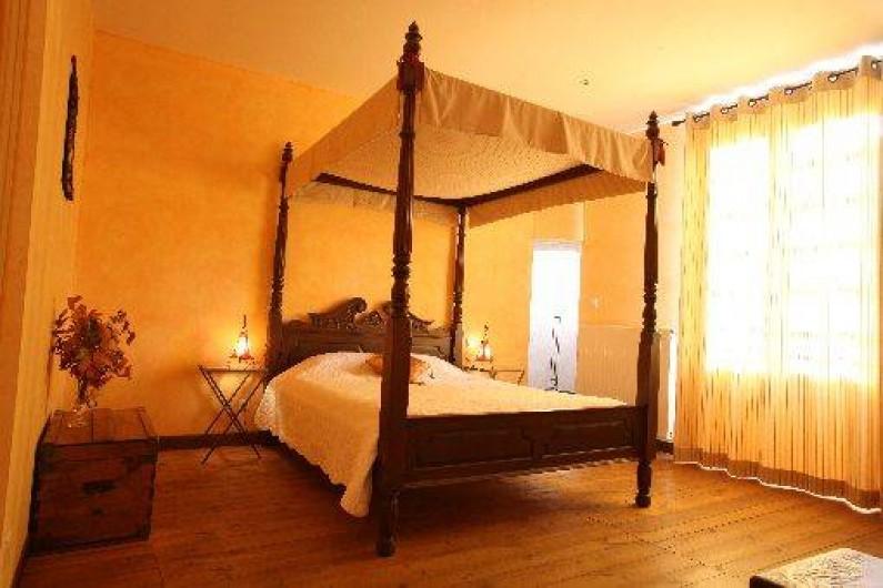 Chambre d 39 h tes au ch teau de sorgues sur le larzac en sud aveyron cornus - Chambre d hote en aveyron ...