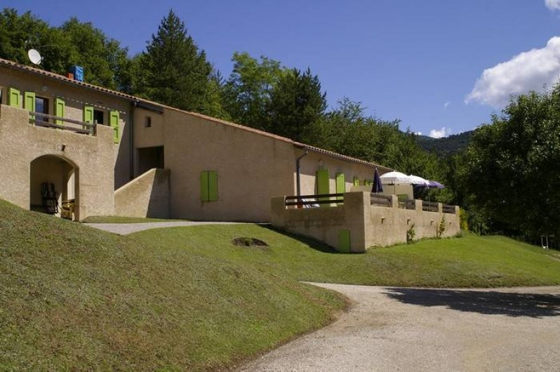 Location de vacances - Gîte à Saint-Nazaire-le-Désert - Entrée sur la propriété