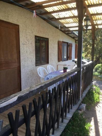 Location de vacances - Chalet à Sainte-Maxime - la terrasse