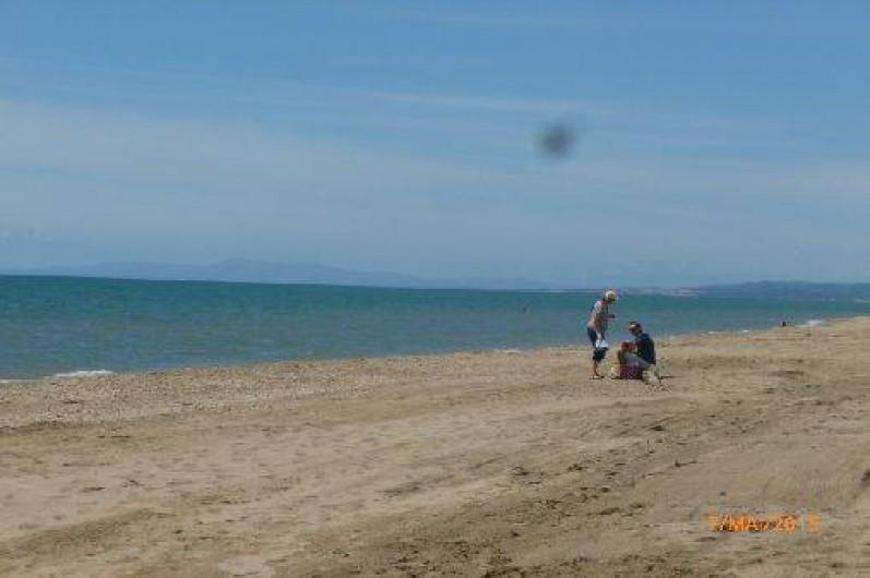 Location de vacances - Maison - Villa à Portiragnes - vue de la plage
